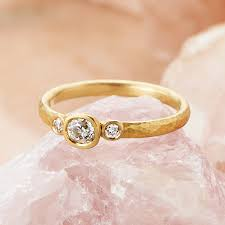 ethical engagement rings eos 18ct fairtrade gold diamond ethical engagement ring by shakti