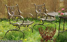 Metal Patio Chair How To Clean And Refinish Metal Patio Furniture