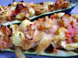 cuisiner les courgettes recette courgettes farcies oignon poulet tomates cuisinez