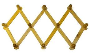 amazon com expanding peg rack 10 hooks hardwood multi purpose