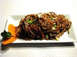 comment cuisiner les nouilles chinoises recette nouilles chinoises aux légumes et viande hachée toutes les