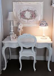 shabby chic love the lamp and the sweet