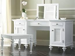 mirrored bedroom vanity table bedroom bedroom makeup vanity with lights beautiful bedroom ideas