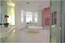 glasbilder fã r badezimmer mosaik fliesen badezimmer rosa mosaik fliesen bad bilder eine