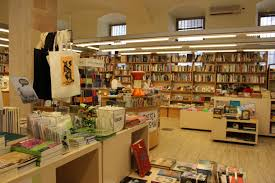 Home Design Store Barcelona by Shopping Barcelona Original Souvenirs And Gifts