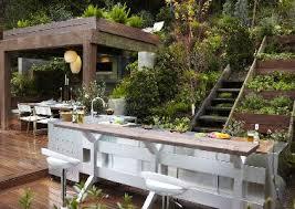 meuble cuisine exterieur inox cuisine extérieure barbecue et évier dans meuble inox