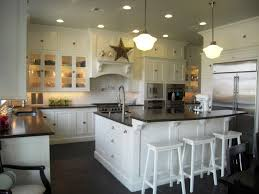 Rustic Cabin Kitchen Cabinets Kitchen Country Cottage Kitchens White Farmhouse Kitchen With