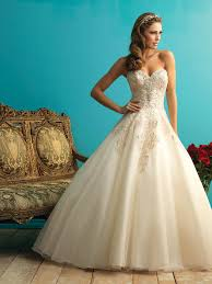 Vintage Ball Gown Strapless Tulle Wedding Dress With Detachable Michigan Bridal Wedding Dress Store