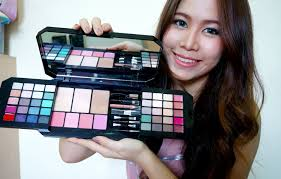 review พาเลทgive me glam makeup kit by victoria 39 s secret