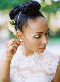 coiffure femme pour mariage 30 idées coiffures pour une invitée de mariage