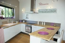 cuisine fenetre idée cuisine ouverte inspirant fenetre cuisine moderne kd85