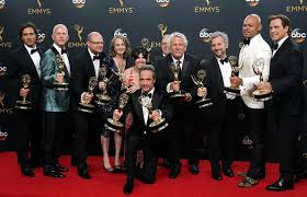 premios emmy game of thrones y veep vencen como series tv