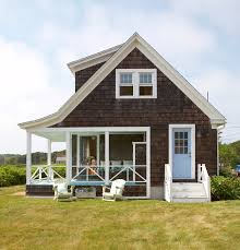 shingle style cottage get the look shingle style traditional home
