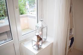 Schlafzimmerfenster Dekorieren Fenster Dekorieren Ohne Gardinen Great Amazonde Fenster Raffrollo