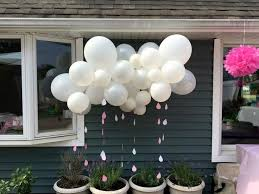 deliver balloons nyc 55 best balloon centerpieces images on balloon
