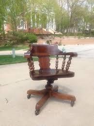 ethan allen desk chair ethan allen old tavern antique pine collection 4 drawer chairside