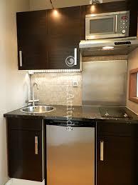 calcul debit hotte cuisine ouverte quelle hotte choisir pour ma cuisine ouverte sur le salon