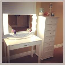 Makeup Vanity Table With Lighted Mirror Makeup Vanity Cherryp Vanity Table With Mirror Black Ikea