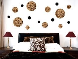 Decorating Bedroom Walls by Wall Decor Ideas For Bedroom Idfabriek Com