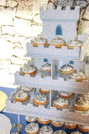 Best 25 Castle Cupcakes Ideas On Pinterest Gingerbread Castle
