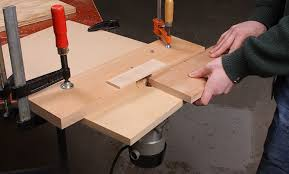 how to use a router table how to build a simple router table startwoodworking com
