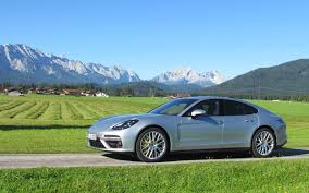 porsche sedan 2016 2017 porsche panamera trimming the fat the car guide