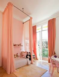 rideau chambre fille pas cher rideau chambre enfant exiu de fentre avec dessins des rideaux pour