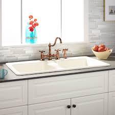 Vintage Cast Iron Kitchen Sink Victoriaentrelassombrascom - Cast iron kitchen sinks with drainboard