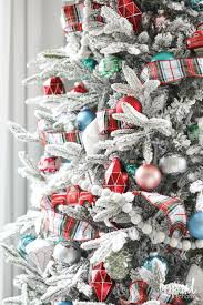 Artificial Christmas Tree Flocking Spray by Fun Festive And Flocked Christmas Tree Inspired By Charm
