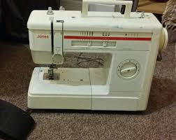 jones brother vx810 sewing machine pre owned good working