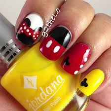 Mickey Mouse Nail Art Design 212 Best Nail Art Images On Pinterest Make Up Hairstyles And