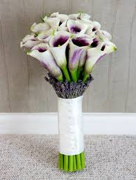 wedding flowers on a budget uk bridal bouquets for every budget budgeting bridal bouquets and