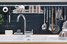 range ustensiles cuisine autre façon de ranger et montrer ses ustensiles de cuisine la