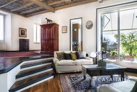 appartamenti in vendita a monza appartamento in villa d epoca