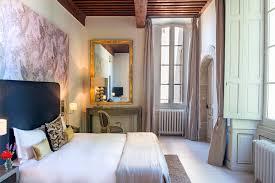 chambre d h es vaucluse château hôtel vaucluse restaurant château de massillan