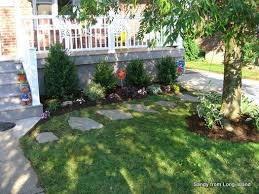 Front Porch Landscaping Ideas by 104 Best Front Lawns Images On Pinterest Landscaping Ideas