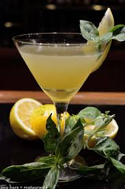 martini u0027s bar u2013 cocktail bar u0026 live music at mandarin oriental