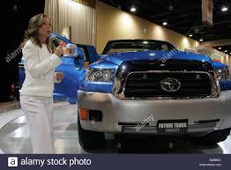 hybrid pickup truck miami beach florida convention center international auto show