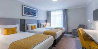 group accommodation triple hotel rooms near dublin airport