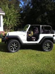Off Road Tires 20 Inch Rims 20 Inch Wheels 35 Inch Tires And 2 5 Inch Lift Jeeps