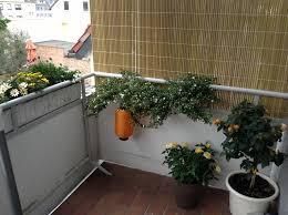 balkon windschutz ohne bohren sonnenschutz balkon ohne bohren