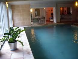 chambre d hotes avec piscine chambre d hote avec piscine interieure 7 mobilier table chambre d