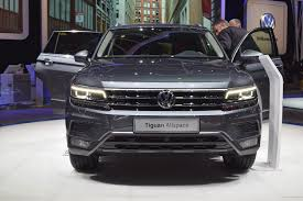 volkswagen geneva vw tiguan allspace at geneva motor show 2017 stable vehicle