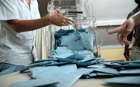 les bureaux de vote la fermeture des bureaux de vote à 19h00 casse tête pour les