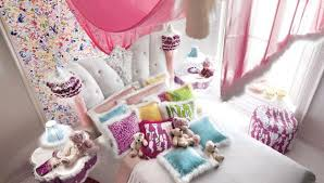 cute bed and pillows in your little girls bedroom decorating ideas