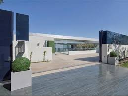 iron man malibu house mansions in california for sale screen 20shot 20at 20pm0 chris