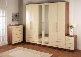 White Bedroom Cupboard - cream and oak bedroom furniture u003e pierpointsprings com