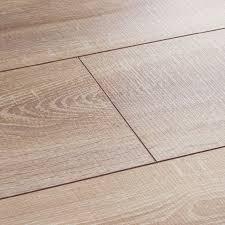 Laminate Flooring Layers Wembury Nordic Oak Laminate Flooring Woodpecker Flooring