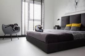 chambre avec lit noir 107 idées de déco murale et aménagement chambre à coucher