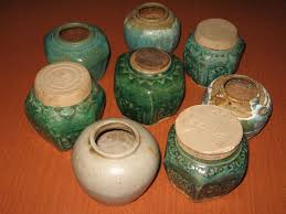well its some sort of jar ginger jars the tingle factor box